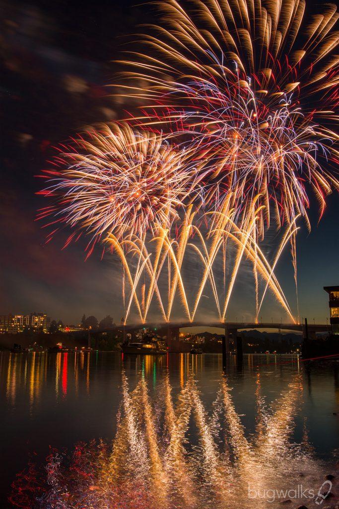 fireworks manette bridge