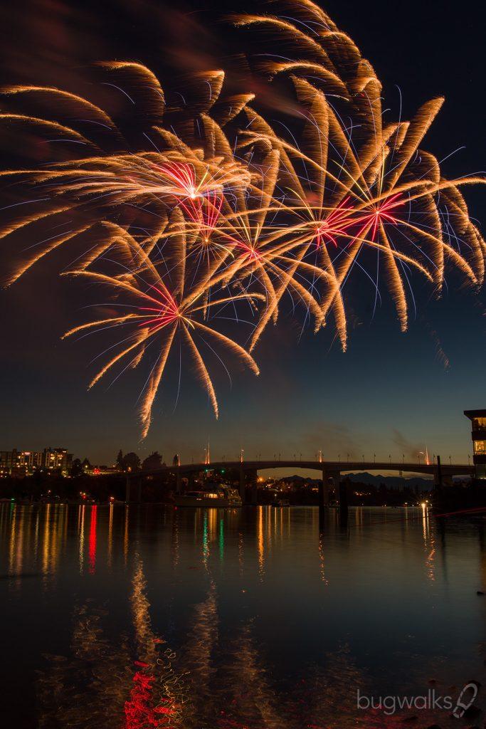 Manette Bridge fireworks 2019 3